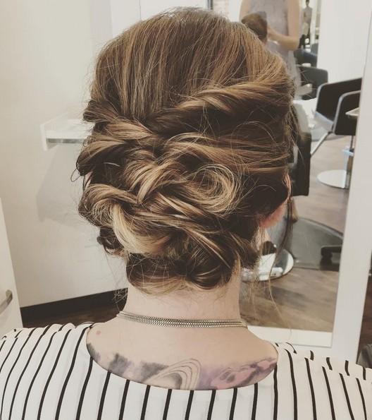 messy updo tutorial for medium hair