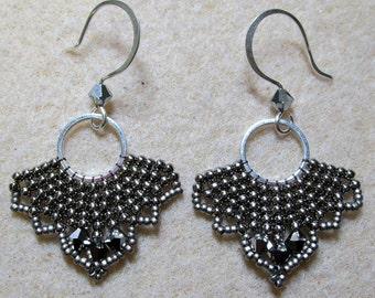 brick stitch earrings tutorial