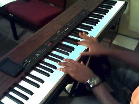 here i am to worship piano tutorial